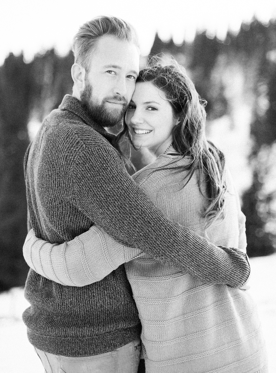 a-snowy-engagement-shoot-at-the-Dobratsch-melanienedelko_0022