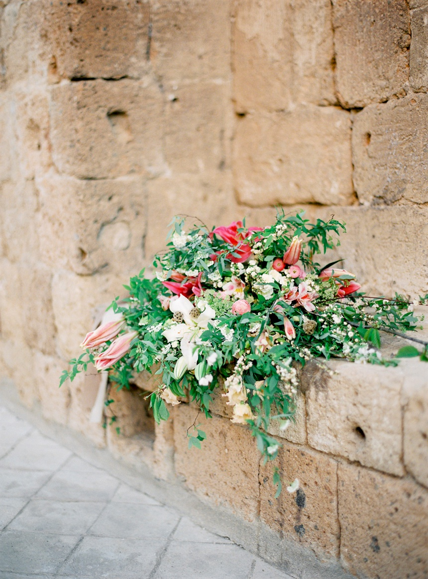 la-badia-di-orvieto-destination-wedding-photographer-italy-tuscany-wedding-umbria-pearl-and-godiva_0010