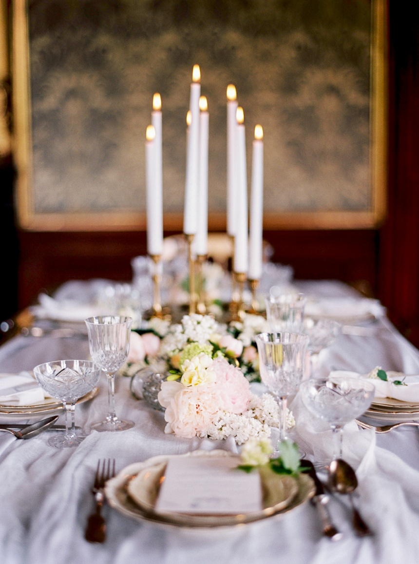 table decoration wedding day by Venus Weddings