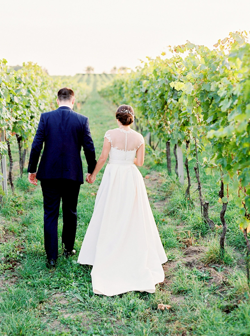 Fall wedding in the vineyards , Melanie Nedelko wedding photography