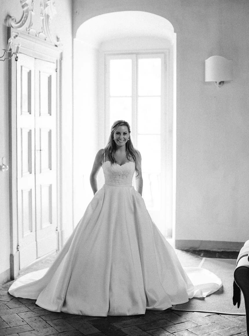 Justin Alexander wedding gown by Melanie Nedelko destination wedding photographer
