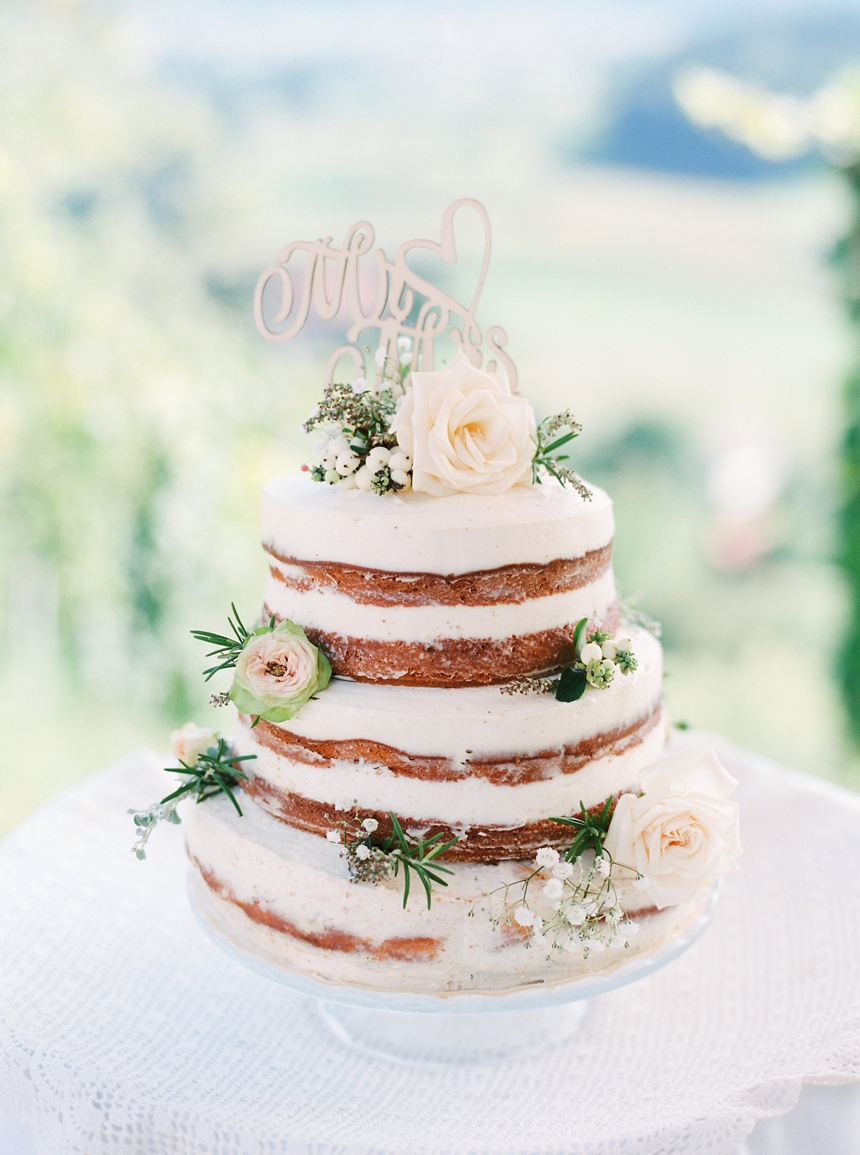 naked wedding cake - intimate summer vineyard wedding