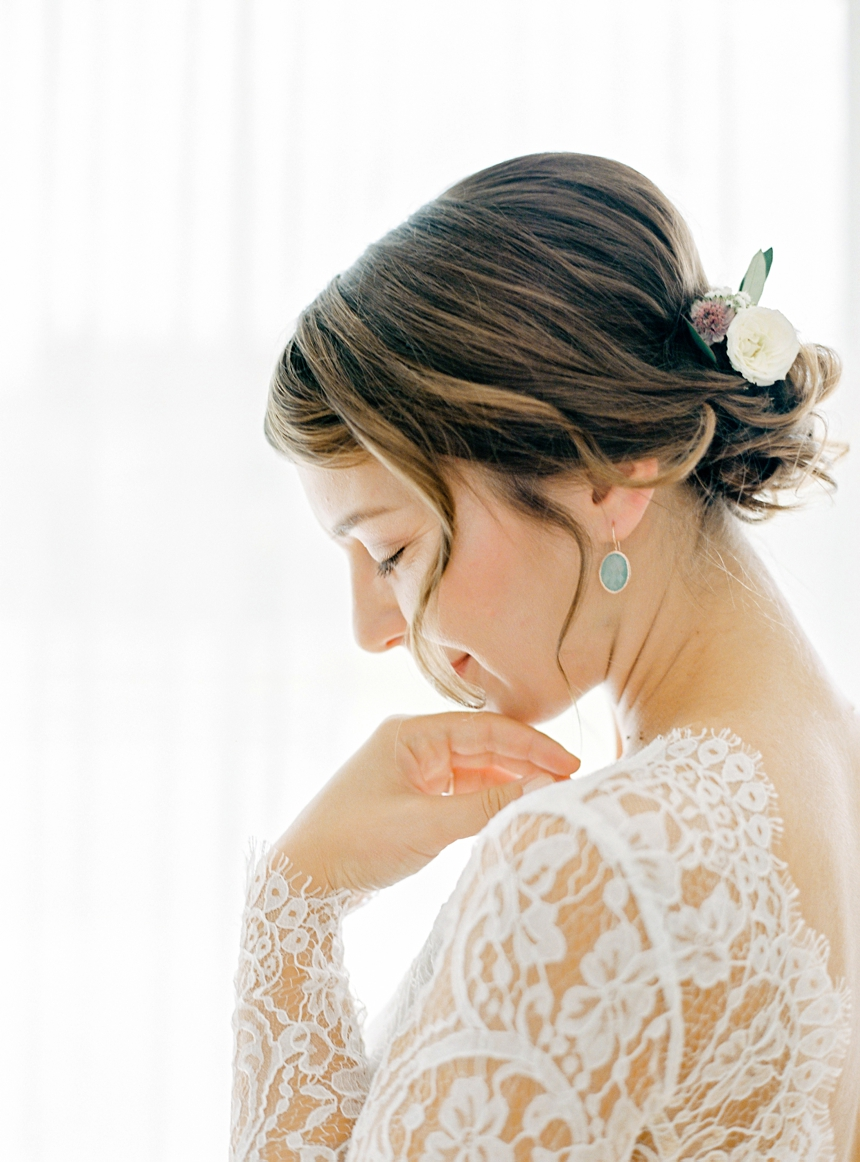 Rachel Simpson bridal , getting ready photographed by Melanie Nedelko fine art wedding photographer